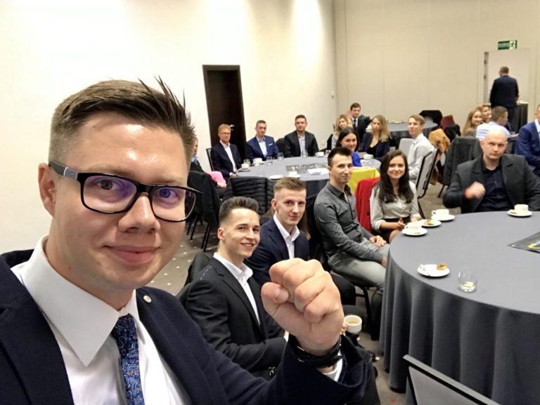 Łukasz Cichocki, Ekspert Afiliacji